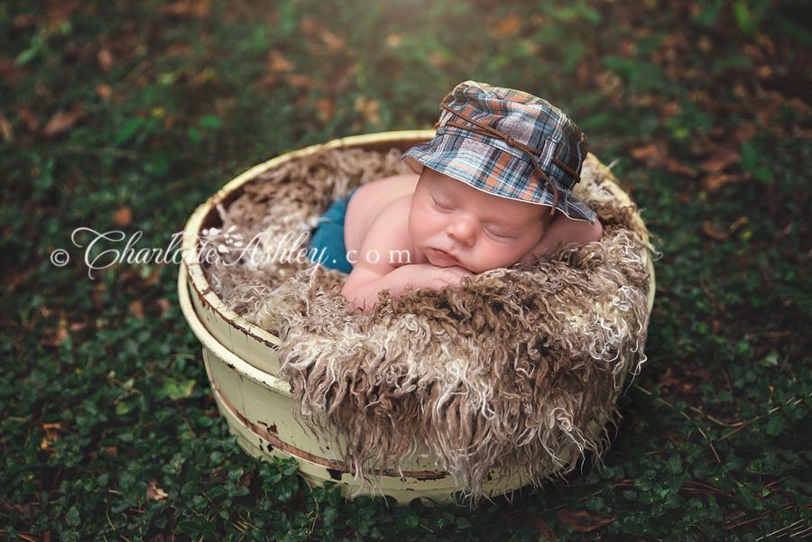 Wade | Lexington, SC Outdoor Newborn Session