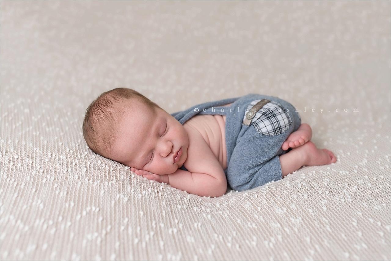 Calvin_newborn_0005.jpg