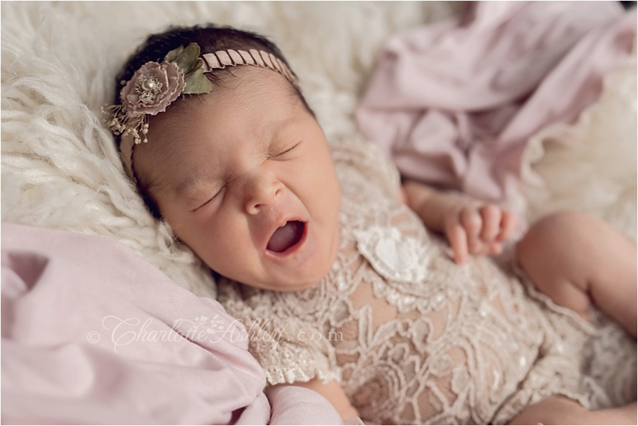 Alona | In-home Studio and Lifestyle Newborn Photography
