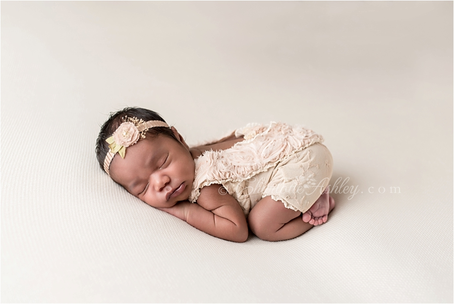 Olive_newborn__0007.jpg